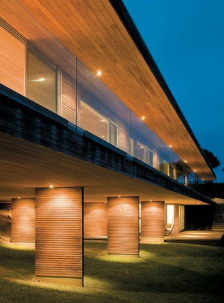 Kaipara Bridges House by Simon Twose.