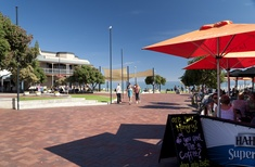 Henley Square (SA) urban design competition