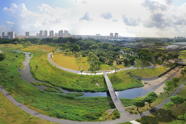 World Landscape of the Year at WAF 2012 - Kallang River Bishan Park by Atelier Dreiseitl.