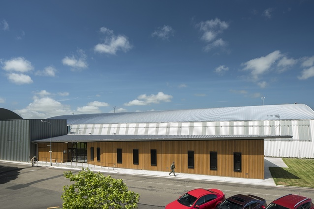 Commercial Architecture Award: Base Ohakea Simulator Training Centre by GHD Architecture.