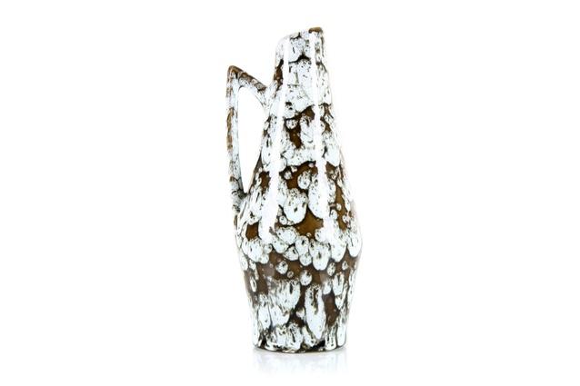 """<a  href="""" http://www.mrbigglesworthy.co.nz/store/1611/scheurich-europ-line-white-lava-vase"""" target=""""_blank""""><u>Mr Bigglesworthy</u></a> Scheurich Europ line white lava vase $120."""