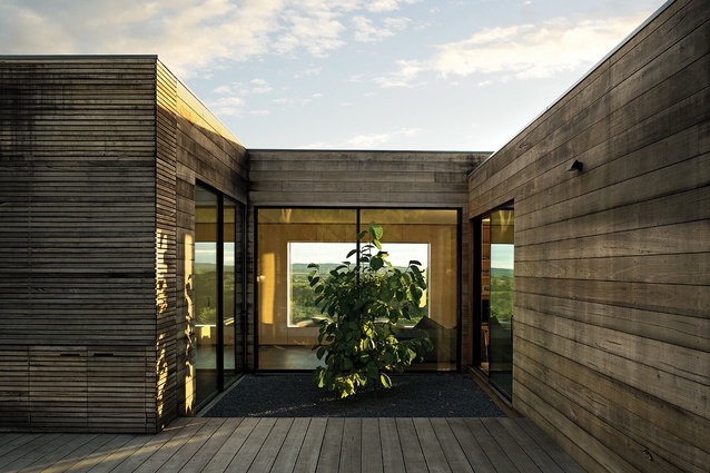 Courtyard House Architectureau