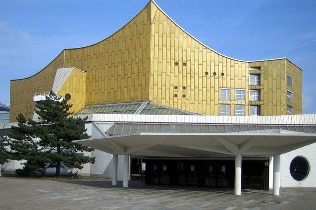 Berliner Philharmonie by Hans Scharoun (1963).