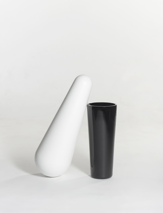 Ignotus Nomen collection, vase (2011).