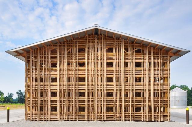 Mason Lane Farm, Kentucky by De Leon & Primmer Architecture Workshop. The farm complex utilises simple, passive sustainable approaches.