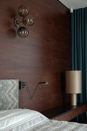 A Modo Collection sconce is used for the bedroom.