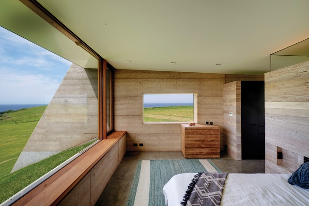 Eight north-facing bedrooms are contained within two almost symmetrical and contained private pavilions.