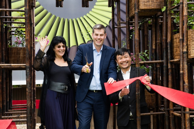 Gene Sherman (left), Queensland MP Mark Ryan (middle) and Vo Trong Nghia (right) cutting the ribbon at the unveiling of Green Ladder.