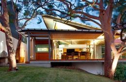 2013 Houses Awards shortlist: New House over 200m2
