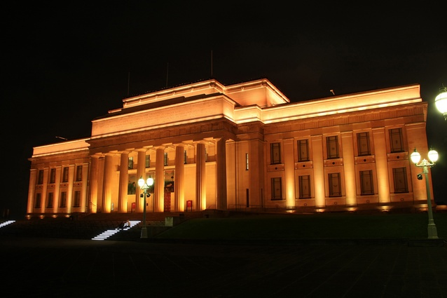 Auckland War Memorial Museum: One of the richest collections of New Zealand artifacts, natural history and military history. Architects: Grierson, Aimer and Draffin. Museum Circuit, Parnell; aucklandmuseum.com. Open 10am – 5pm.