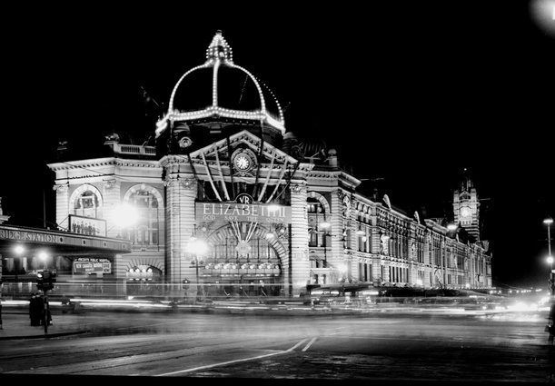 A historical photo of Flinders Street Station.