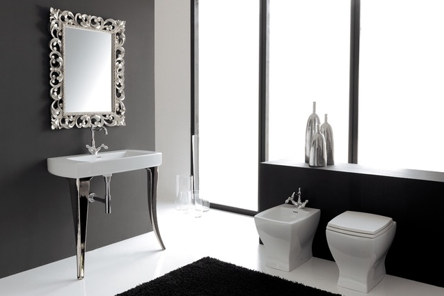 The Jazz Console 91 from Parisi Bathware.