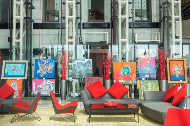 In the foyer of the Jumeirah Creekside Hotel is an exhibition by Australian artist Des Spencer.