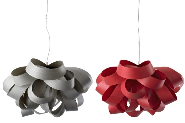 Agatha suspension lights in grey and cherry.