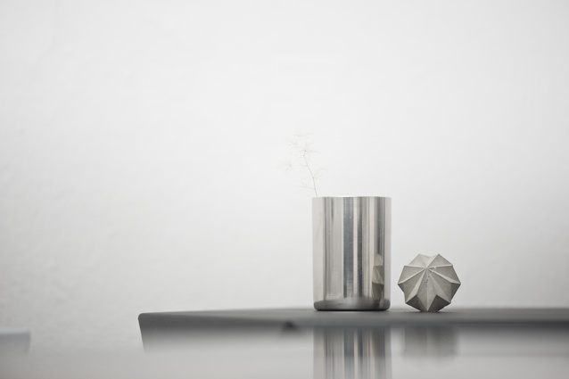 Désinere has taken the rough industrial texture it into a series of paperweights.