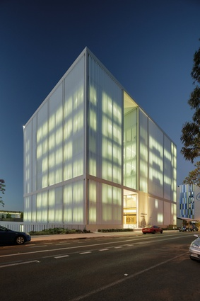 Westmead Millennium Institute by BVN.