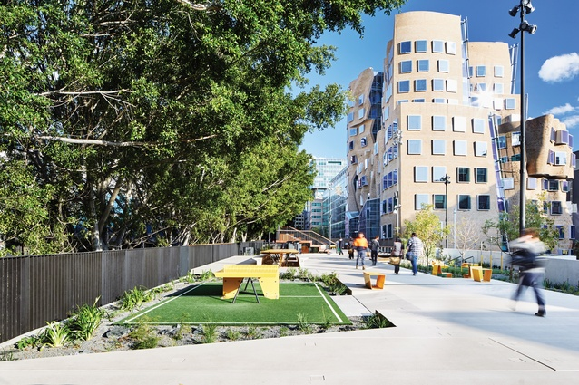 Frank Gehry's Dr Chau Chak Wing Building at the UTS Business School borders The Goods Line by Aspect Studios and CHROFI.