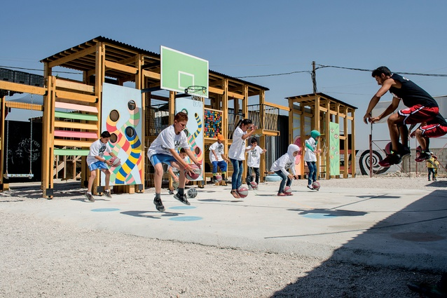 At the playground's opening in 2015, sport freestyle group DaMove gave two days' freestyle basketball training for the children.