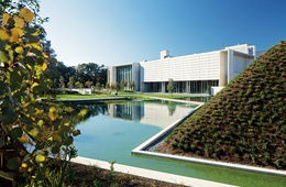 NGA Australian Garden from two perspectives