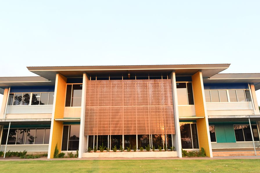 STEAM Building Darwin High School by Hully Liveris Design Company and Jackman Gooden Architects.