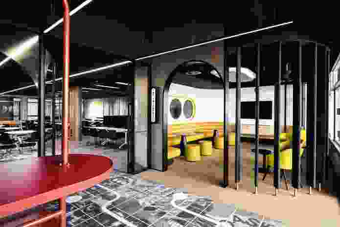 The interior is intended to have a less formal aesthetic than other venues on campus – a middle ground between playful and corporate.