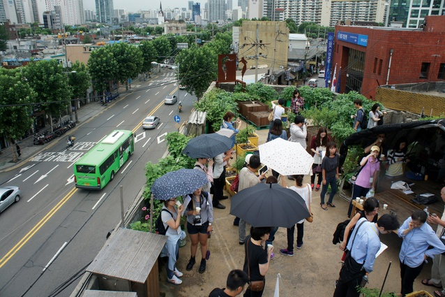 In addition to growing vegetables, the Mullae rooftop garden in Seoul, South Korea also functions as a social space for neighbours and visitors to the district.