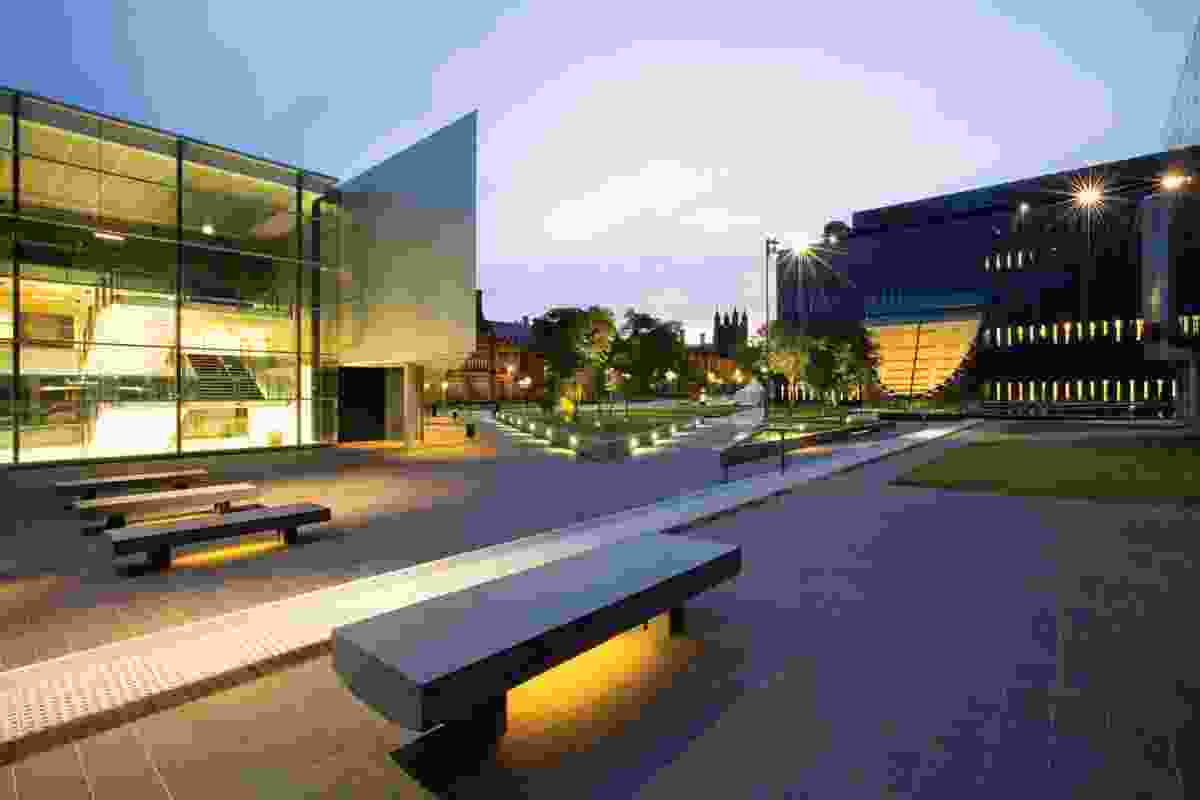 The potentially amorphous law faculty square has been successfully defined with a strong geometric language and a restrained material palette.