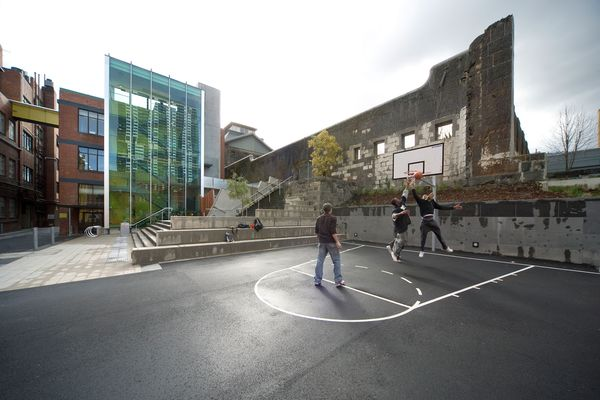 University Lawn Precinct RMIT University by Peter Elliott Architecture & Urban Design.