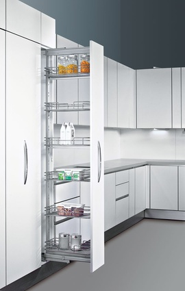 Pull-out Pantry.