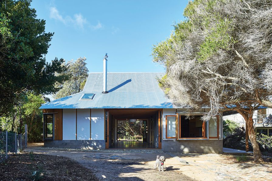 Point Lonsdale House by NMBW Architecture Studio.