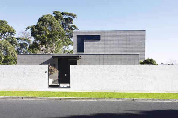 Deftly positioned windows and awnings on the exterior volumes.