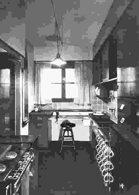 Margarete Schütte-Lihotzky's Frankfurt Kitchen, 1926–27. As illustrated in Das Neue Frankfurt 5 (1927).