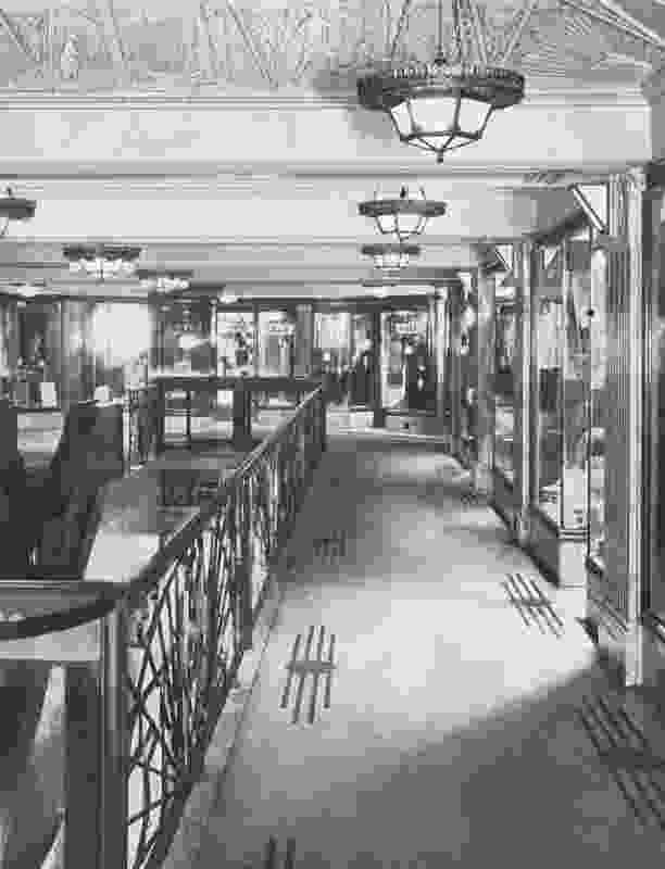 Historic photo of the mezzanine.