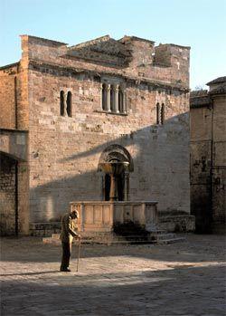 San Silvestro, Bevagna, Italy (Maestro Binello, 1195).