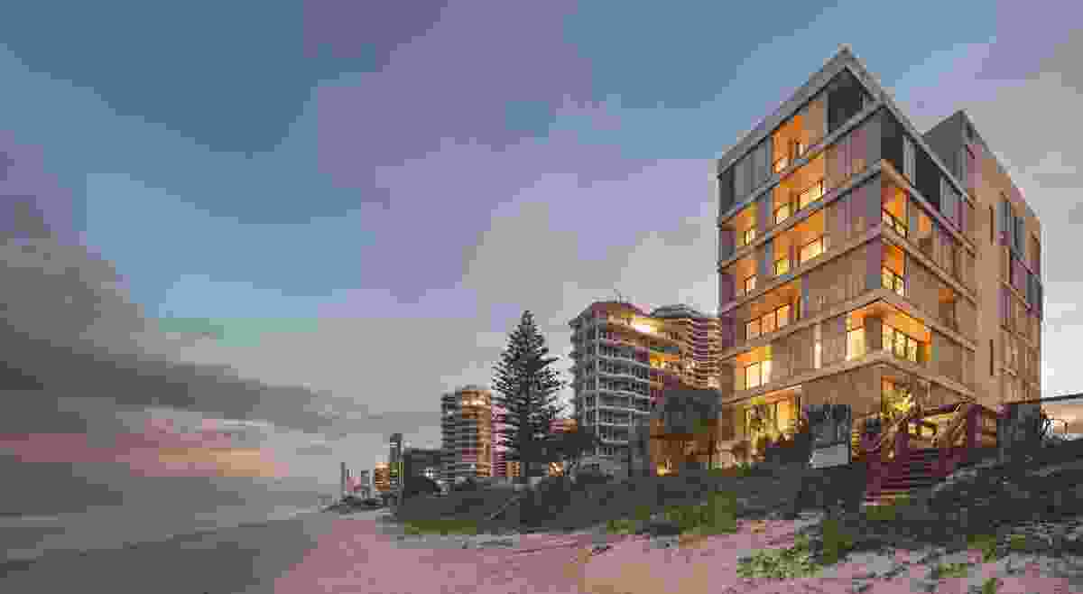 M3565 Main Beach by Virginia Kerridge Architect.