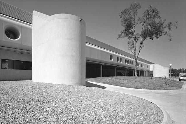 Carving: Mount Druitt Hospital, Mount Druitt, NSW (1982) – 1983 RAIA NSW Chapter Merit Award Architectural Works.