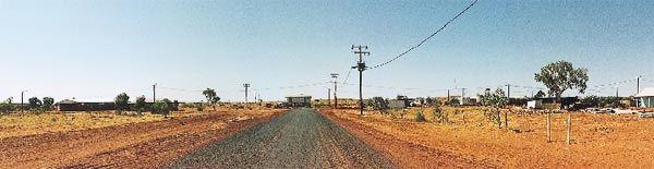 Remote Aboriginal Community in Central Australia. Photographer Paul Memmott, Aboriginal Environments Research Centre.
