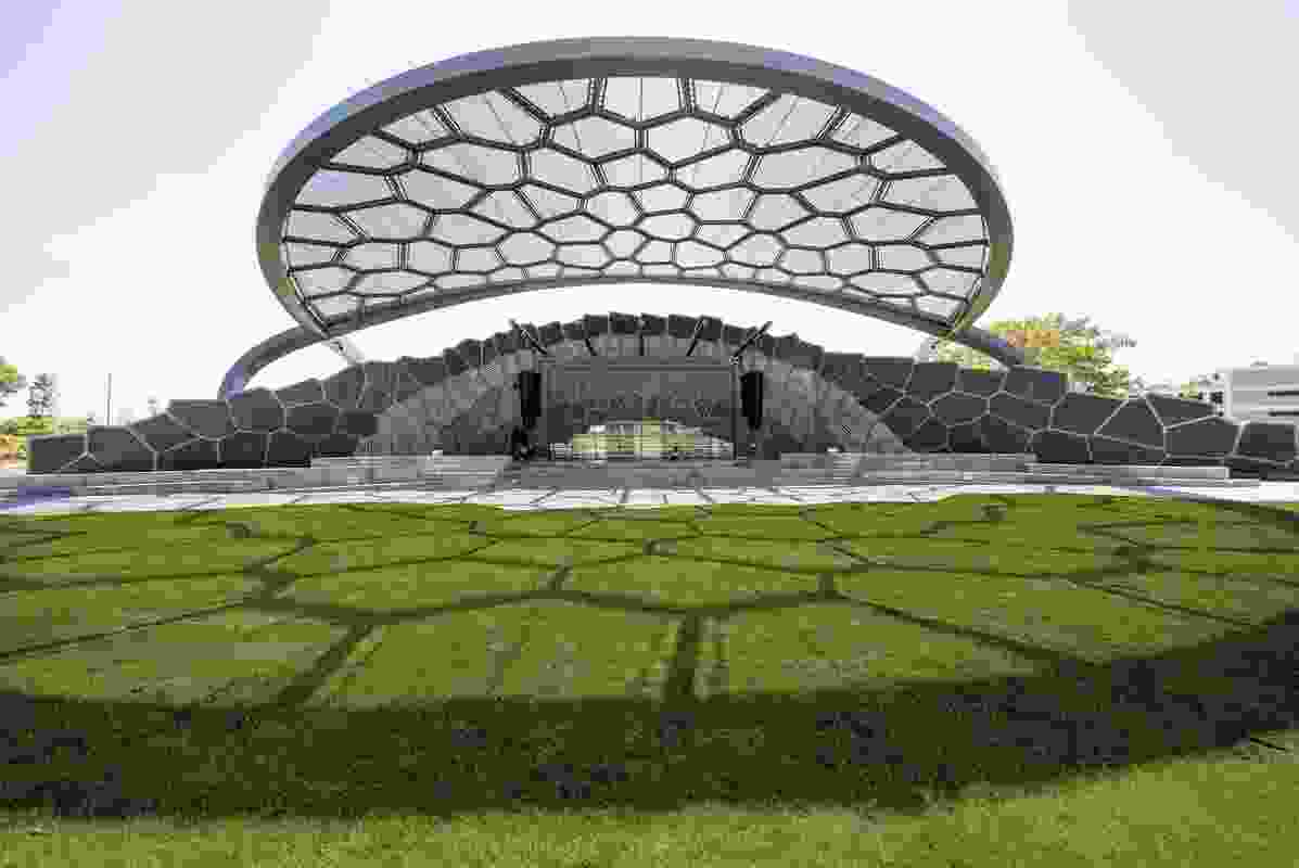 HOTA Outdoor Stage by ARM Architecture .