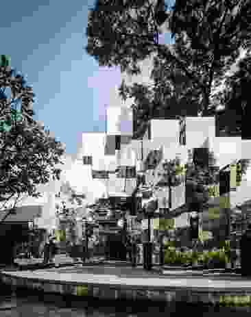 Khao Mo (Mythical Escapism) (2017), a shimmering installation of mirror boxes and soil at Bangkok's Abdulrahim Place, heightens visitors' awareness of the surrounding context within a constantly transforming urban context.