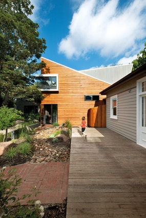 Sustainability – Treeview House by Zen Architects.