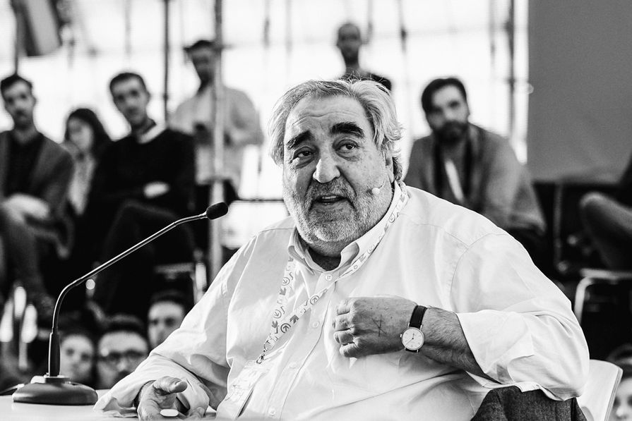 """Pritzker Prize-winner Eduardo Souto de Moura spoke to the group at Arquia Próxima about four projects. Haley Hooper described him as """"kingly, comedic and super relaxed""""."""