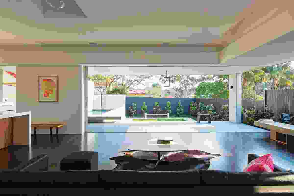 The living space opens dramatcially to the terrace.