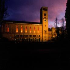 UWA's signature building, Winthrop Hall by Alsop and Sayce.