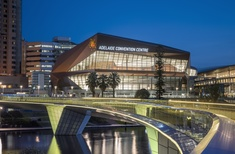 Rock formation-inspired building completes the Adelaide Convention Centre