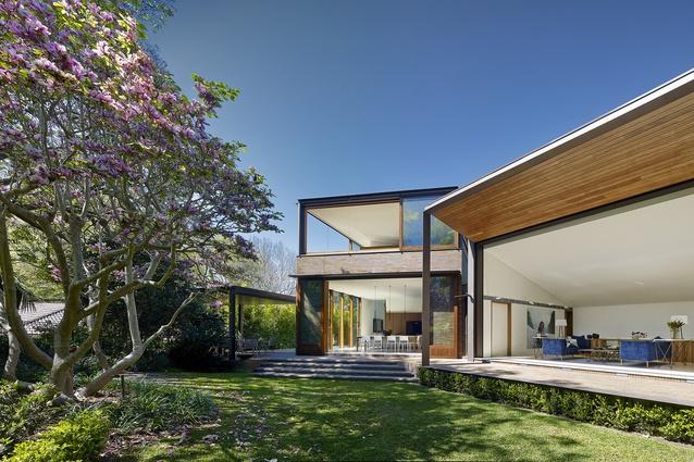 Garden House by Tzannes Associates Architecture Urban Design.