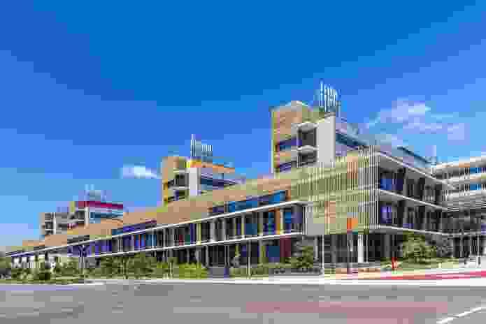 Sunshine Coast University Hospital by Architectus Brisbane and HDR Rice Daubney as Sunshine Coast Architects.