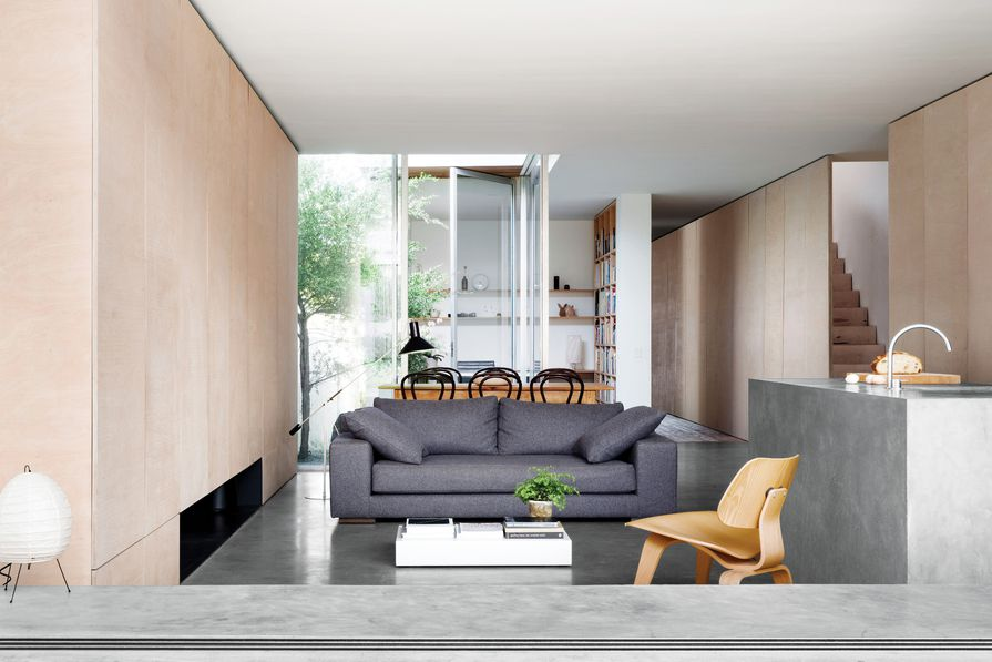 Each room of this new home opens up to pocket-sized courtyards and views to the sky.