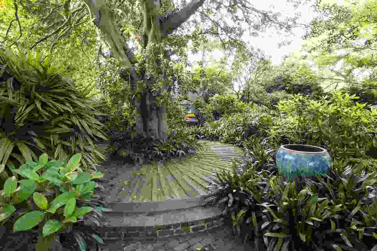 Bower Bird Garden: an historic garden reinvented by Michael Bates.