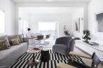 Breezy bachelor pad: Tamarama Apartment