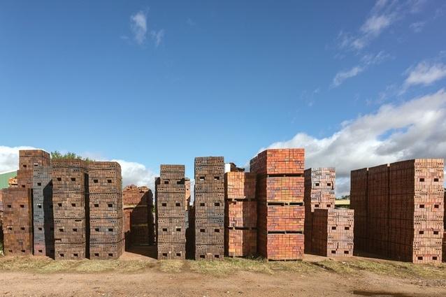 Local manufacturer Krause Bricks donated materials.